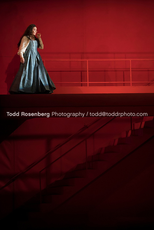 10/4/17 1:50:55 PM -- Lyric Opera Chicago Presents <br /> Giuseppe Verdi's Rigoletto <br /> <br /> &copy; Todd Rosenberg Photography 2017