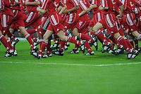 Fussball  International   Audi Cup 2011  Saison 2011/2012   26.07.2011 FC Bayern Muenchen - AC Mailand FEATURE; Beine mit Adidas -Schuhen und Adidas Sports Wear.