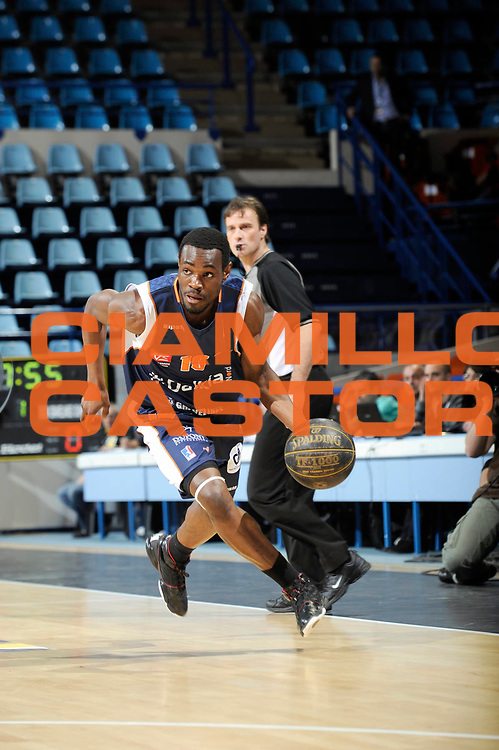 DESCRIZIONE : Championnat de France Basket Ligue Pro A  Semaine des As Pau<br /> GIOCATORE : Yannick Bokolo<br /> SQUADRA : Gravelines<br /> EVENTO : Ligue Pro A  2010-2011<br /> GARA : Roanne Gravelines<br /> DATA : 10/02/2011<br /> CATEGORIA : Basketbal France Ligue Pro A<br /> SPORT : Basketball<br /> AUTORE : JF Molliere par Agenzia Ciamillo-Castoria <br /> Galleria : France Basket 2010-2011 Action<br /> Fotonotizia : Championnat de France Basket Ligue Pro A Semaine des As Quart Finale Pau