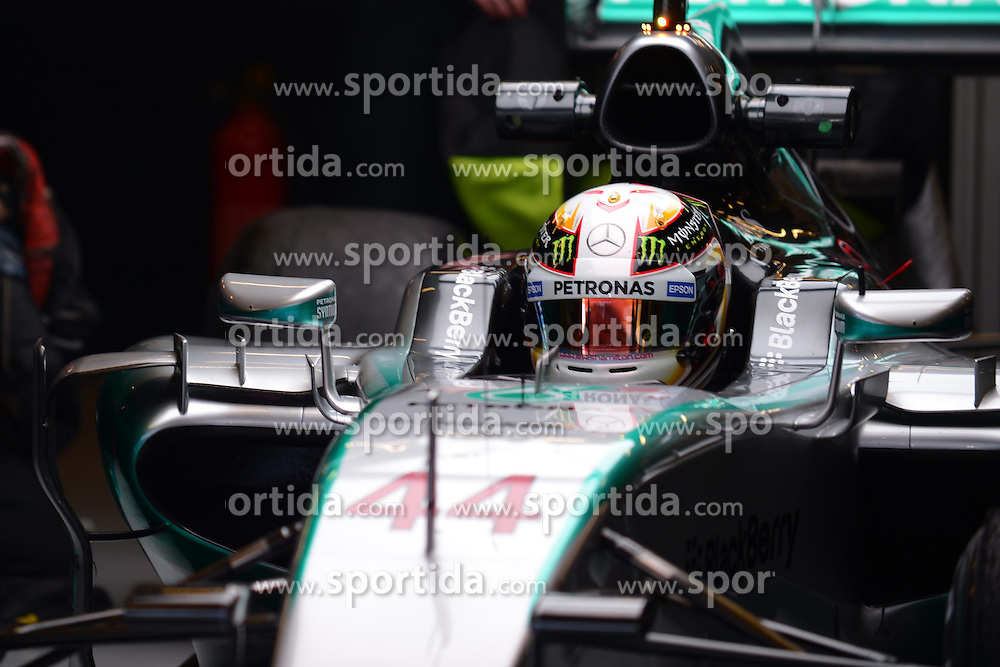 28.02.2015, Circuit de Catalunya, Barcelona, ESP, FIA, Formel 1, Testfahrten, Barcelona, Tag 3, im Bild Lewis Hamilton (GBR) Mercedes AMG F1 W06 // during the Formula One Testdrives, day three at the Circuit de Catalunya in Barcelona, Spain on 2015/02/28. EXPA Pictures &copy; 2015, PhotoCredit: EXPA/ Sutton Images/ Mark Images<br /> <br /> *****ATTENTION - for AUT, SLO, CRO, SRB, BIH, MAZ only*****