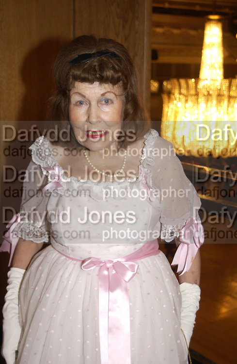 Miss Lavinia Manners, The Royal Caledonian Ball 2004. Grosvenor House, 21 May 2004. ONE TIME USE ONLY - DO NOT ARCHIVE  © Copyright Photograph by Dafydd Jones 66 Stockwell Park Rd. London SW9 0DA Tel 020 7733 0108 www.dafjones.com