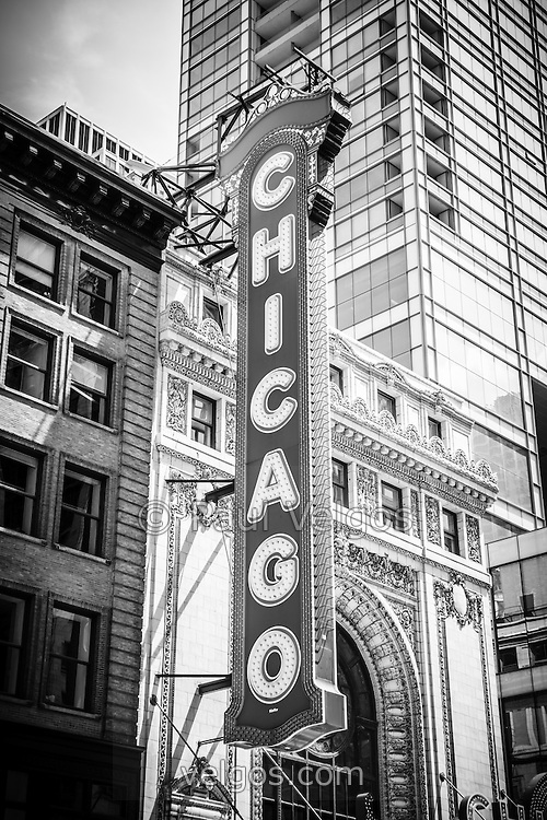 Chicago theatre sign black and white picture the chicago theatre is an iconic chicago attraction