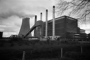 06-10/04/1964.04/06-10/1964.06-10 April 1964.Views on the River Shannon. The peat burning E.S.B. power station at Ferbane, Co. Offaly.
