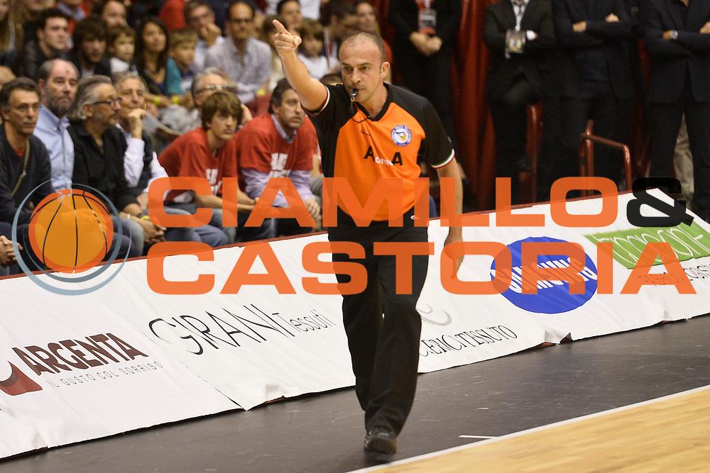 DESCRIZIONE : Campionato 2013/14 Semifinale GARA 1 Olimpia EA7 Emporio Armani Milano - Dinamo Banco di Sardegna Sassari<br /> GIOCATORE : Gianluca Sardella<br /> CATEGORIA : Arbitro Referee<br /> SQUADRA : AIAP<br /> EVENTO : LegaBasket Serie A Beko Playoff 2013/2014<br /> GARA : Olimpia EA7 Emporio Armani Milano - Dinamo Banco di Sardegna Sassari<br /> DATA : 30/05/2014<br /> SPORT : Pallacanestro <br /> AUTORE : Agenzia Ciamillo-Castoria / GiulioCiamillo<br /> Galleria : LegaBasket Serie A Beko Playoff 2013/2014<br /> Fotonotizia : Campionato 2013/14 Semifinale GARA 1 Olimpia EA7 Emporio Armani Milano - Dinamo Banco di Sardegna Sassari<br /> Predefinita :