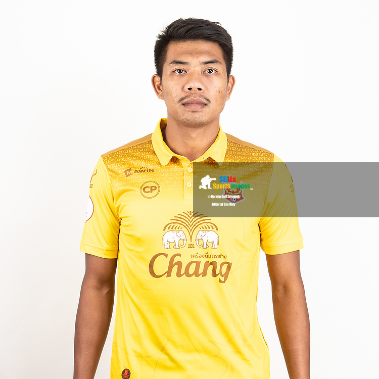 THAILAND - JUNE 29: Nattawut Jaroenbut #8 of Sukhothai FC on June 29, 2019.<br /> .<br /> .<br /> .<br /> (Photo by: Naratip Golf Srisupab/SEALs Sports Images/MB Media Solutions)