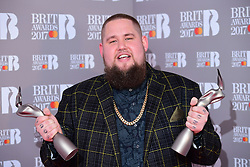 Rag 'n' Bone Man aka Rory Graham with the Critic's Choice and Best British Breakthrough Artist Award's in the press room during the Brit Awards at the O2 Arena, London.