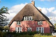 DEU, Germany, Schleswig-Holstein, North Sea,  Amrum island, Frisian house in Nebel.<br /> <br /> DEU, Deutschland, Schleswig-Holstein, Nordseeinsel Amrum, Friesenhaus in Nebel.