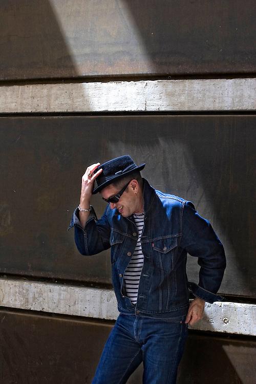 Barcelona, Spain<br /> Santiago Auseron,musician and singer from the band Radio Futura<br /> &copy;Carmen Secanella