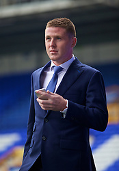 LIVERPOOL, ENGLAND - Saturday, March 12, 2016: Everton's James McCarthy arrives at Goodison Park before the FA Cup Quarter-Final match against Chelsea. (Pic by David Rawcliffe/Propaganda)