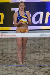 03-01-2018 NED: DELA Beach Open day 1, Den Haag<br /> Emi van Driel #1 en Ra&iuml;sa Schoon #2 verliezen van het Amerikaanse koppel April Ross #1 &amp;<br /> Alexandra Klineman #2