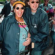 Sponsortocht Lilianefonds Vlijmen, Peter Douglas en zwangere vrouw