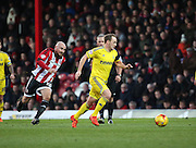 Nottingham Forest midfielder David Vaughan trying to drive Forest forward during the Sky Bet Championship match between Brentford and Nottingham Forest at Griffin Park, London, England on 21 November 2015. Photo by Matthew Redman.