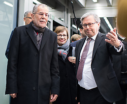 "01.12.2016, ORF Zentrum, Wien, AUT, ORF Diskussion ""Das Duell"" anlässlich der Präsidentschaftswahl 2016, im Bild v.l.n.r. Präsidentschaftskandidat Alexander Van der Bellen und ORF-Generaldirektor Alexander Wrabetz // f.l.t.r. Candidate for Presidential Elections Alexander Van der Bellen and Director general of the Austrian Broadcast Corporation Alexander Wrabetz before television confrontation beetwen candidates for the austrian presidential elections in Vienna, Austria on 2016/12/01, EXPA Pictures © 2016, PhotoCredit: EXPA/ Michael Gruber"