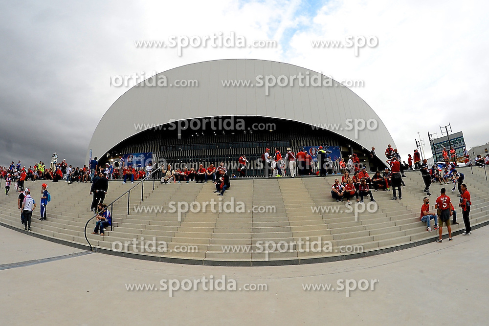 15.06.2016, Stade Velodrome, Marseille, FRA, UEFA Euro, Frankreich, Frankreich vs Albanien, Gruppe A, im Bild General view of the exterior of the stadium // General view of the exterior of the stadium during Group A match between France and Albania of the UEFA EURO 2016 France at the Stade Velodrome in Marseille, France on 2016/06/15. EXPA Pictures &copy; 2016, PhotoCredit: EXPA/ Focus Images/ Kristian Kane<br /> <br /> *****ATTENTION - for AUT, GER, FRA, ITA, SUI, POL, CRO, SLO only*****