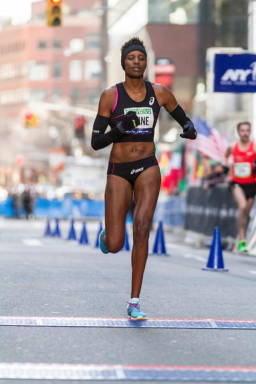 Diane Nukuri-Johnson finishes