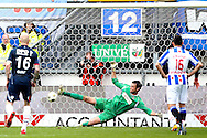 Onderwerp/Subject: SC Heerenveen - Willem II - Eredivisie<br /> Reklame:  <br /> Club/Team/Country: <br /> Seizoen/Season: 2012/2013<br /> FOTO/PHOTO: Alfred FINNBOGASON (NOT ON PHOTO) of SC Heerenveen scores his second goal a penalty past Goalkeeper David MEUL (C) of Willem II defeated ( 3 - 2 ). (Photo by PICS UNITED)<br /> <br /> Trefwoorden/Keywords: <br /> #04 #17 $94 ±1355241558607<br /> Photo- & Copyrights © PICS UNITED <br /> P.O. Box 7164 - 5605 BE  EINDHOVEN (THE NETHERLANDS) <br /> Phone +31 (0)40 296 28 00 <br /> Fax +31 (0) 40 248 47 43 <br /> http://www.pics-united.com <br /> e-mail : sales@pics-united.com (If you would like to raise any issues regarding any aspects of products / service of PICS UNITED) or <br /> e-mail : sales@pics-united.com   <br /> <br /> ATTENTIE: <br /> Publicatie ook bij aanbieding door derden is slechts toegestaan na verkregen toestemming van Pics United. <br /> VOLLEDIGE NAAMSVERMELDING IS VERPLICHT! (© PICS UNITED/Naam Fotograaf, zie veld 4 van de bestandsinfo 'credits') <br /> ATTENTION:  <br /> © Pics United. Reproduction/publication of this photo by any parties is only permitted after authorisation is sought and obtained from  PICS UNITED- THE NETHERLANDS