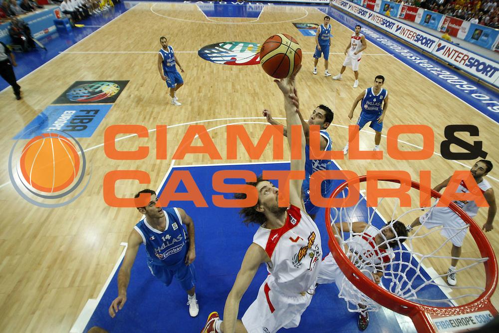 DESCRIZIONE : Katowice Poland Polonia Eurobasket Men 2009 Semifinale Semifinal Spagna Spain Grecia Greece<br /> GIOCATORE : Pau Gasol<br /> SQUADRA : Spagna Spain<br /> EVENTO : Eurobasket Men 2009<br /> GARA : Spagna Spain Grecia Greece<br /> DATA : 19/09/2009 <br /> CATEGORIA :<br /> SPORT : Pallacanestro <br /> AUTORE : Agenzia Ciamillo-Castoria/E.Castoria<br /> Galleria : Eurobasket Men 2009 <br /> Fotonotizia : Katowice  Poland Polonia Eurobasket Men 2009 Semifinale Semifinal Spagna Spain Grecia Greece<br /> Predefinita :