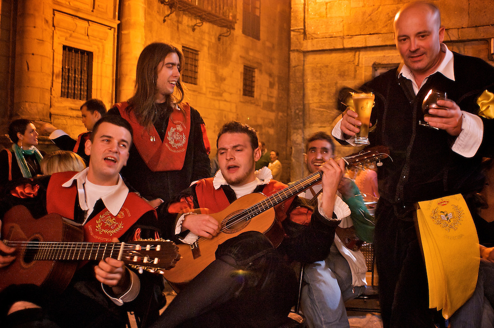 Like the medieval band of troubadors from which it is descended Tuna de Derecho of Santiago de Compostela gathers at a tavern in a little plaza after their nightly performance to continue their singing, now just for fun.   The gathering finally broke  up at 3:00 AM.   Made up of university students, the Tuna, sings for donations to help them pay for their studies.  Often racey and very suggestive, the singers are nothing if not charming.  Must see in Santiago.  Thursday, Friday Saturday at 10:00.<br /> <br /> Contact:  Xose (Jose) Guerra, C/ Maestro Mateo, s/n, Phone 616 59 39 13.  xoseguerra@hotmail.com  or tunaderecho_santiago@hotmail.com