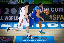 04.09.2013, Arena Bonifka, Koper, SLO, Eurobasket EM 2013, Russland vs Italien, im Bild Marco Belinelli #10 of Italy and Dmitry Kulagin #9 of Russia // during Eurobasket EM 2013 match between Russia and Italy at Arena Bonifka in Koper, Slowenia on 2013/09/04. EXPA Pictures © 2013, PhotoCredit: EXPA/ Sportida/ Matic Klansek Velej<br /> <br /> ***** ATTENTION - OUT OF SLO *****