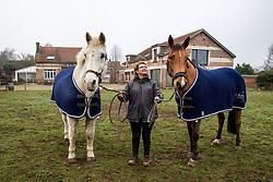 Olanda, Karen Vermuyten, Milana van de Nianahoeve, André Verstappen <br /> Fokkerij André Verstappen - Zoersel 2020<br /> © Hippo Foto - Dirk Caremans<br /> 22/01/2020