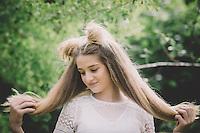 alice n wonderland themed mad hatter tea party photo shoot in my garden in kuaotunu makeup by nzmakeupgirl krystal hayward hair by nicole cosandy from schnipp schnapp hair salon