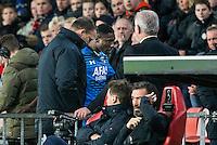EINDHOVEN - PSV - AZ , Voetbal , Seizoen 2015/2016 , Eredivisie , Philips stadion , 29-11-2015 , AZ speler Derrick Luckassen loopt het veld af na rood te hebben gekregen samen met AZ trainer John van den Brom (l)