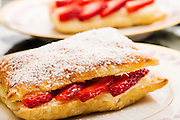 Strawberry and pastry cream puffs