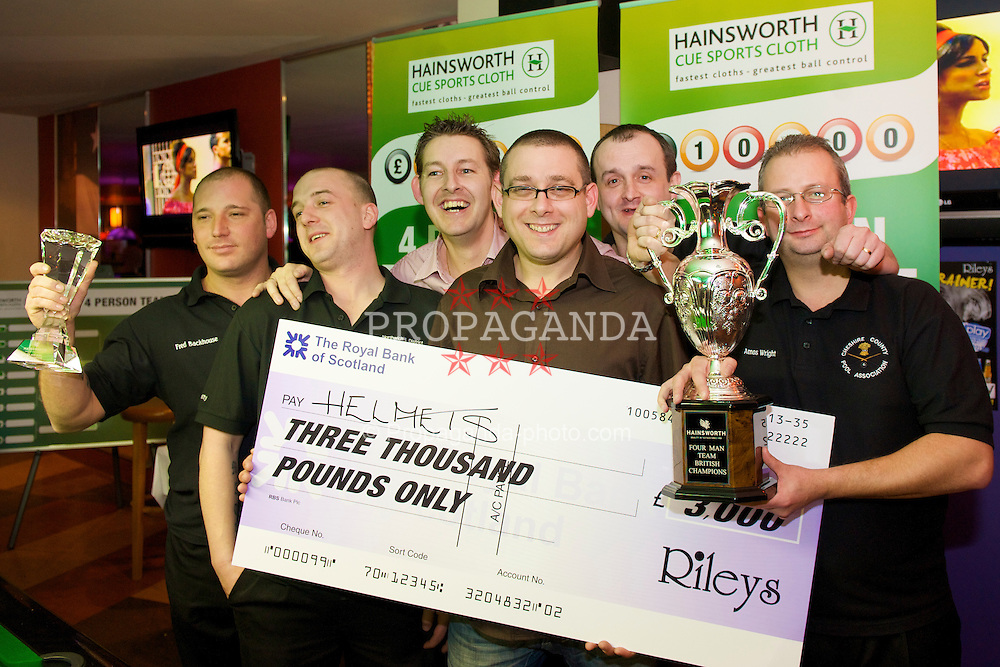 LIVERPOOL, ENGLAND - Saturday, February 21, 2009: The Helmets celebrate winning the £3,000 prize and trophy with Rob Pearce of Hainsworth (C) during the Hainsworth Cue Sports Cloth £10,000 4 Person Tournament at Rileys Grand Central Liverpool. (Photo by David Rawcliffe/Propaganda)