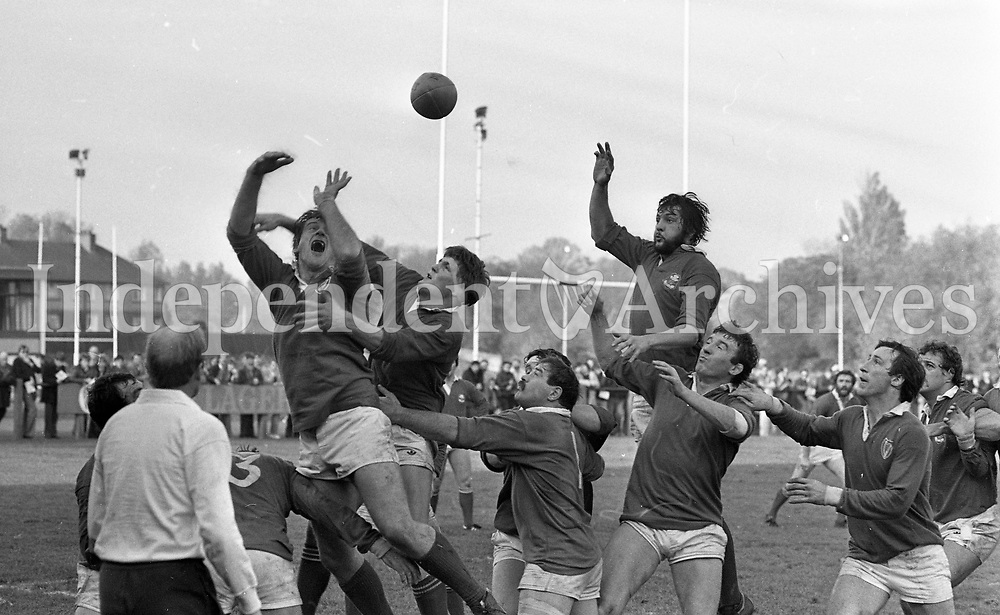 Leinster Vs Llanelli Rugby Union at Donnybrook, Dublin, 05/11/1983 (Part of the Independent Newspapers Ireland/NLI Collection).