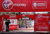 London marathon winner Wilson Kipsang crosses the line<br /> The Virgin Money London Marathon 2014<br /> 13 April 2014<br /> Photo: Jed Leicester/Virgin Money London Marathon<br /> media@london-marathon.co.uk