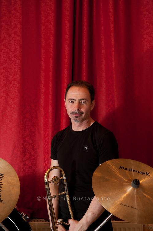 "Brassballett, ""men in blech"", Wassilij Goron"