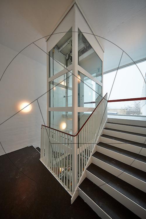 Marinebiologisk Laboratorium, efter istandsættelse, ASON , trappe, elevatorskakt