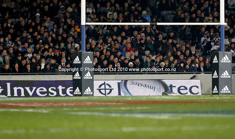 Rugby Union International Test Match. Investec Tri-Nations, New Zealand All Blacks v South Africa Springboks, Eden Park, Auckland, New Zealand. Saturday 10 July 2010. Photo: Simon Watts/PHOTOSPORT