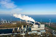 Nederland, Groningen, Eemshaven, 04-11-2018; energielandschap aan de Eemshaven met de kolengestookte elektriciteitscentrale Eemscentrale van RWE (voorheen RWE_Essent).  In de achtergond Magnum energiecentrale van Nuon (stoom- en gascentrale, STEG).<br /> Energy landscape at the Eemshaven with the coal-fired Eemscentrale power plant from RWE (formerly RWE_Essent).<br /> luchtfoto (toeslag op standaard tarieven);<br /> aerial photo (additional fee required);<br /> copyright&copy; foto/photo Siebe Swart