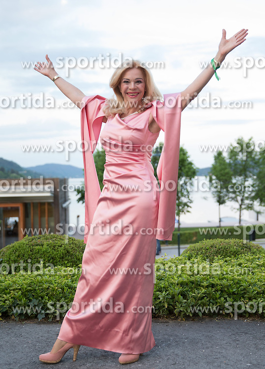 "08.05.2015, Schlosshotel Velden, Velden, AUT, 25 Jahre, Ein Schloss am Wörthersee, Klassentreffen die Gala, im Bild Julia Kent // Julia Kent during the Gala of Class reunion - 25th anniversary of tv series ""Ein Schloss am Wörthersee"" at the Schlosshotel Velden, Austria on 2015/05/08. EXPA Pictures © 2015, PhotoCredit: EXPA/ Johann Groder"