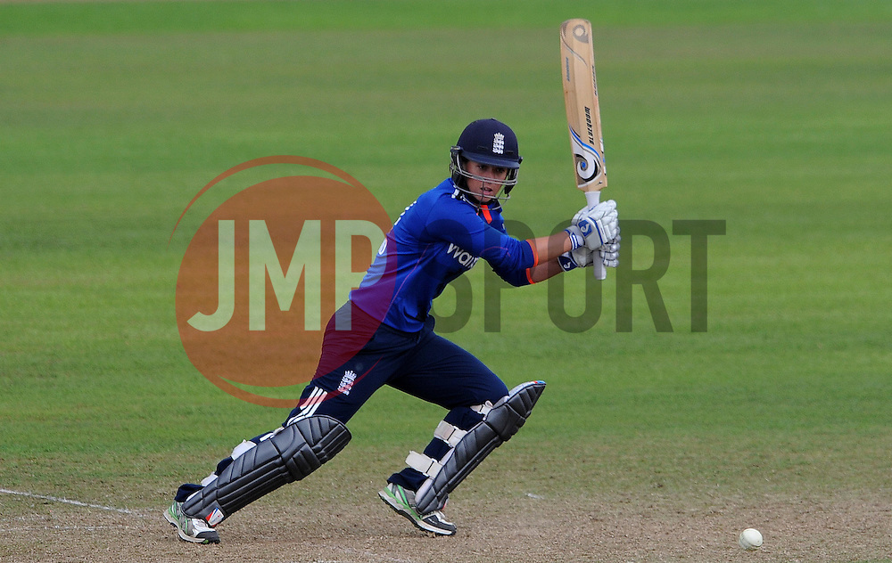 England's Georgia Elwiss cuts the ball - Photo mandatory by-line: Harry Trump/JMP - Mobile: 07966 386802 - 21/07/15 - SPORT - CRICKET - Women's Ashes - Royal London ODI - England Women v Australia Women - The County Ground, Taunton, England.