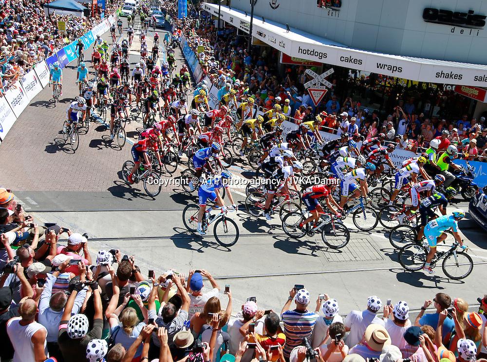 2015 Santos Tour Down Under. Adelaide. Australia.<br /> 23.1.2015.  Glenelg to Mount Barker.144.5km<br /> Start @ Colley Terrace in Glenelg. <br /> into stage 4  - Tour Down Under Australia 2015, Cycling, road race, Radrennen, Australien -  Radsport - Rad Rennen -<br /> - fee liable image: copyright &copy; ATP - IVKA Damir<br /> <br /> first row; 94, MALACARNE Davide, ITA, Astana, 7,DENNIS Rohan, AUS, BMC, 181,BOBRIDGE Jack, AUS, Team Unisa, 102, CARUSO Giampaolo, ITA, Katusha, 121,CAPECCHI Eros, ITA, Movistar,<br /> 22, GESCHKE Simon, GER, Giant-Alpecin42, BAK Lars Ytting, DEN, Lotto, <br /> 61, ALAFACI Eugenio, ITA, Trek,<br /> 62, Coledan Marco, ITA, Trek, <br /> 64, MCCONNELL Daniel, AUS, Trek, <br /> 84, KADRI Blel, FRA, FDF,<br /> 86, B&Eacute;RARD Julien,FRA,FDJ,<br /> 102, CARUSO Giampaolo, ITA, Katusha, 173, ROE Thimothy, AUS, DRAPAC, 121, CAPECCHI Eros, ITA, Movistar,181, BOBRIDGE Jack, AUS, Team Unisa 184, POWER Robert, AUS, 185, VON HOFF Steele, AUS, 186 VAN DER PLOEG Neil, AUS