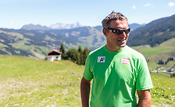 04.08.2015, Zwölferkogel, Saalbach Hinterglemm, AUT, ÖSV, Medientermin mit ÖSV Abfahrerinnen, im Bild sportlicher Leiter ÖSV Damen Jürgen Kriechbaum // during a media event with the OeSV women Downhill Team at the Zwölferkogel in Saalbach Hinterglemm, Austria on 2015/08/04. EXPA Pictures © 2015, PhotoCredit: EXPA/ JFK