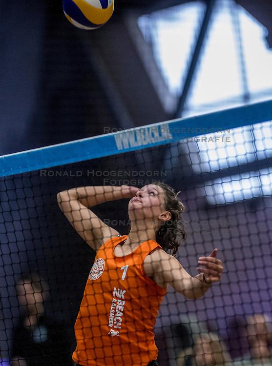 07-01-2017 NED: NK Beachvolleybal Indoor, Aalsmeer<br /> Joy Stubbe #1