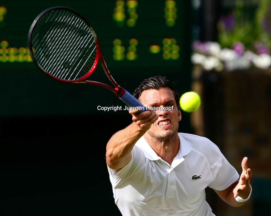 Wimbledon Championships 2013, AELTC,London,<br /> ITF Grand Slam Tennis Tournament, Tobias Kamke (GER),Aktion,Einzelbild,<br /> Halbkoerper,Querformat,