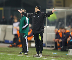 06.12.2012, Stadio Friuli, Udine, ITA, UEFA EL, Udinese Calcio vs FC Liverpool, Gruppe A, im Bild Udinese Calcio's head coach Francesco Guidolin during during the UEFA Europa League group A match between Udinese Calcio and Liverpool FC at the Stadio Friuli, Udinese, Italy on 2012/12/06. EXPA Pictures © 2012, PhotoCredit: EXPA/ Propagandaphoto/ David Rawcliffe..***** ATTENTION - OUT OF ENG, GBR, UK *****
