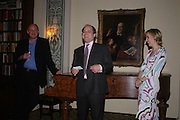 Michael Fishwick, Leander de Lisle and her husband Peter de Lisle. Book party to celebrate the publication of ' How the King of Scots Won the Throne of England in 1603 by Leanda de Lisle. St. Wilfred's Hall. Brompton Oratory. London. 9 May 2005. ONE TIME USE ONLY - DO NOT ARCHIVE  © Copyright Photograph by Dafydd Jones 66 Stockwell Park Rd. London SW9 0DA Tel 020 7733 0108 www.dafjones.com