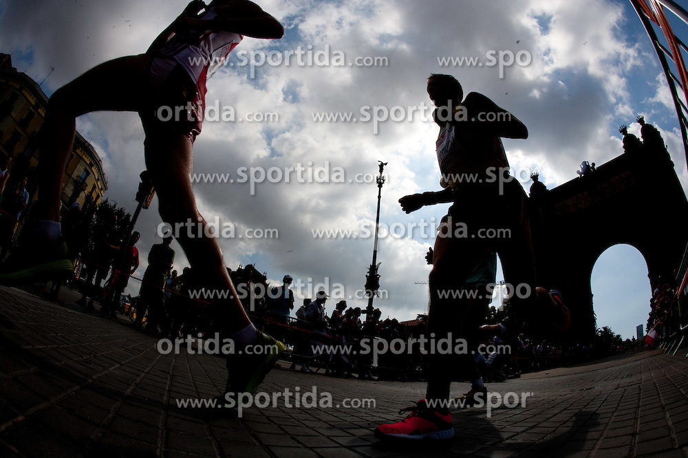 Athletes compete in the Mens Marathon during day six of the 20th European Athletics Championships at the roads of city Barcelona on August 1, 2010 in Barcelona, Spain. (Photo by Vid Ponikvar / Sportida)