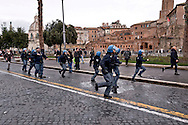 Rome, Italy. 5th January 2016<br /> Police in riot gear charged the protesters during a protest against evictions in Rome's Fori Imperiali