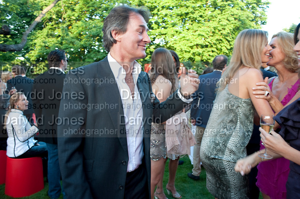 TIM JEFFERIES; MALIN JEFFERIES, The Summer Party. Serpentine Gallery. 8 July 2010. -DO NOT ARCHIVE-© Copyright Photograph by Dafydd Jones. 248 Clapham Rd. London SW9 0PZ. Tel 0207 820 0771. www.dafjones.com.