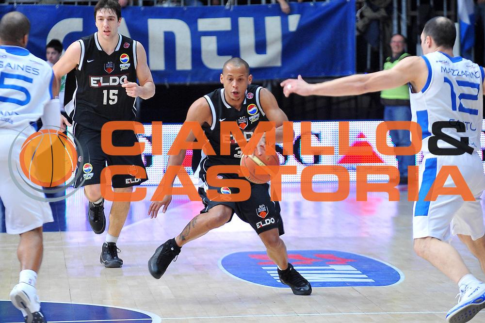 DESCRIZIONE : Cantu Lega A1 2008-09 NGC Cantu Eldo Caserta<br /> GIOCATORE : Guillermo Diaz<br /> SQUADRA : Eldo Caserta<br /> EVENTO : Campionato Lega A1 2008-2009<br /> GARA : NGC Cantu Eldo Caserta<br /> DATA : 01/02/2009<br /> CATEGORIA : Palleggio<br /> SPORT : Pallacanestro<br /> AUTORE : Agenzia Ciamillo-Castoria/A.Dealberto