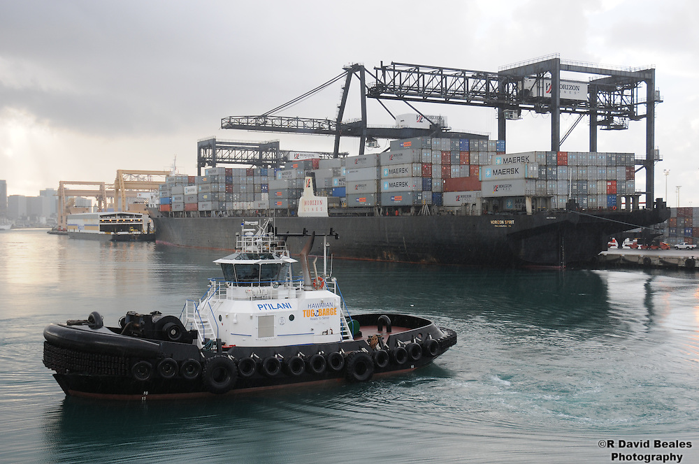 Honolulu Harbor Tugboat