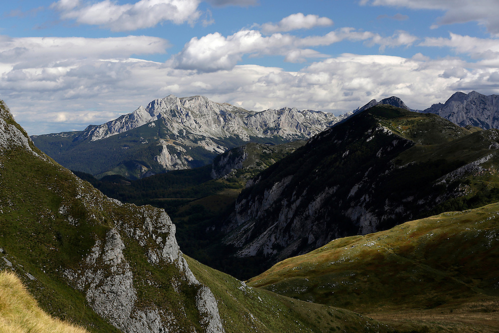 Maglic and Volujak mountains (left to right), viewed from Zelengora, Sutjeska National Park, Bosnia and Herzegovina.