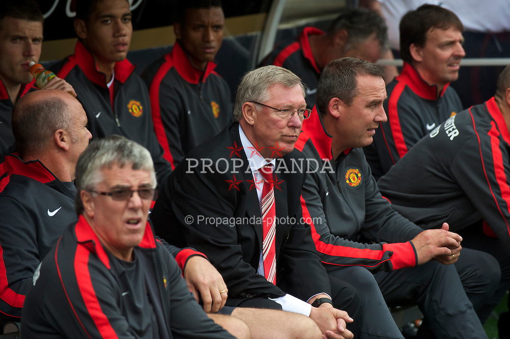 LONDON, ENGLAND - Sunday, August 22, 2010: Manchester United's manager Alex Ferguson before the Premiership match against Fulham at Craven Cottage. (Pic by: David Rawcliffe/Propaganda)