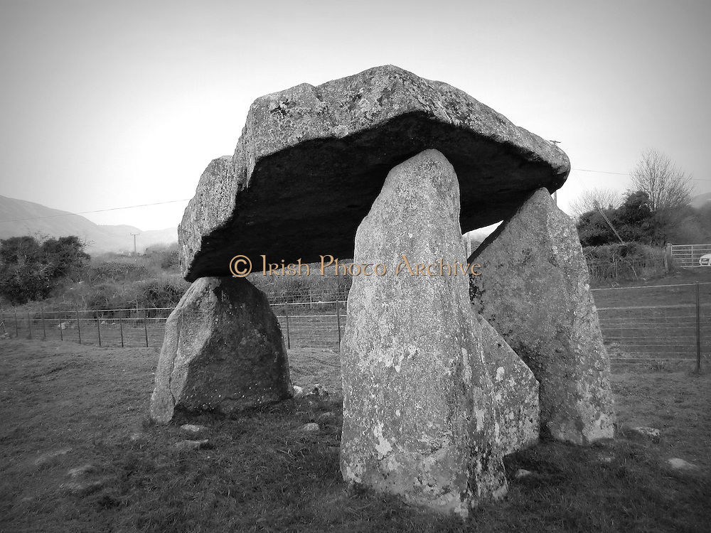 Ballykeel Dolmen, Camlough. Co. Armagh ñ c.4000 b.c  2500 b.c<br />